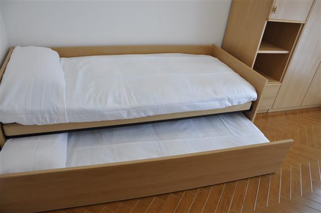 Letto singolo + 1 letto estraibile